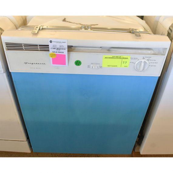 """Frigidaire Ultra Quiet 24"""" White Dishwasher"""