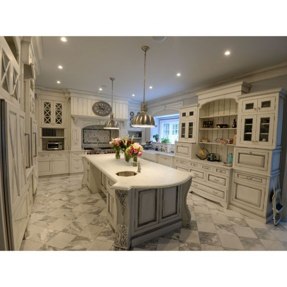 Antiqued White Traditional Pre-Owned Kitchen