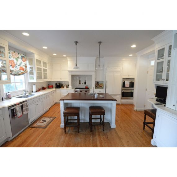 Homestead Dove White Inset Pre-Owned Kitchen