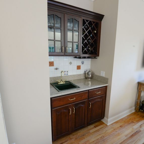 Cherry Traditional Pre-Owned Wet Bar