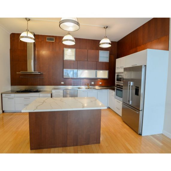 Poggenpohl Two Tone Modern Pre-Owned Kitchen
