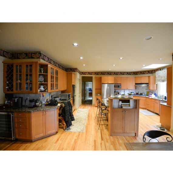 Smooth Caramel Traditional Pre-Owned Kitchen