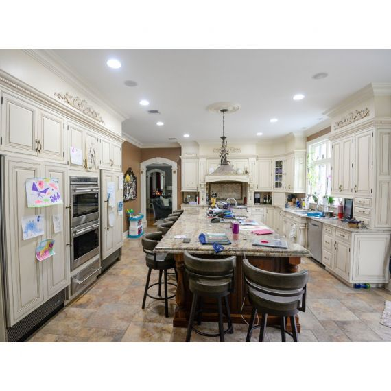 Custom Soft Beige Traditional Pre-Owned Kitchen
