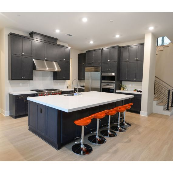 Greenblack Transitional Pre-Owned Kitchen