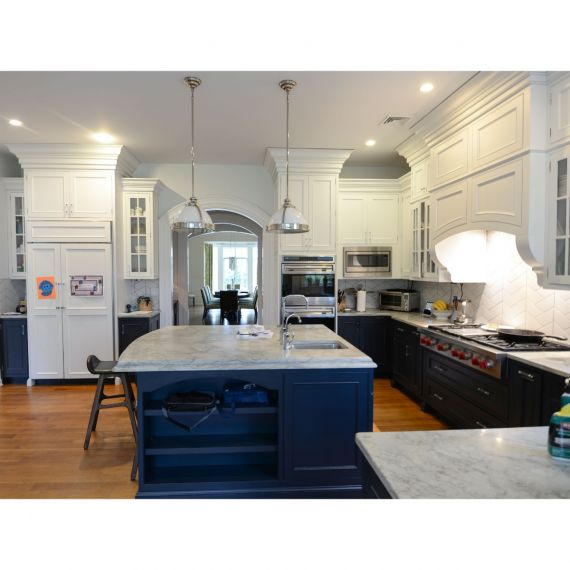 Kountry Kraft White & Polo Blue Traditional Pre-Owned Kitchen