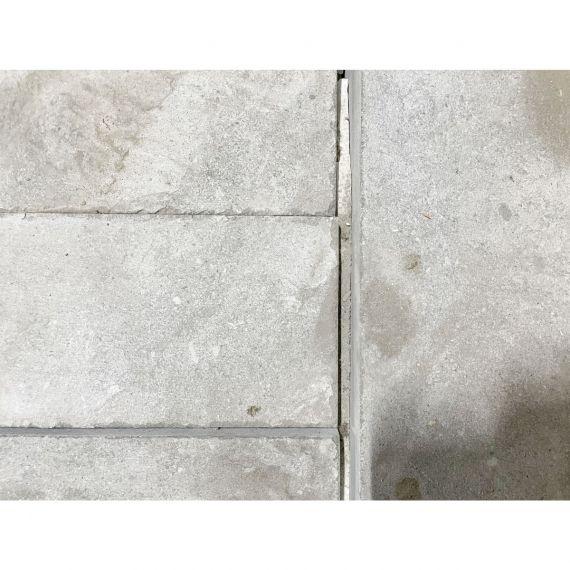 Walker Zanger Grey Outdoor Stone
