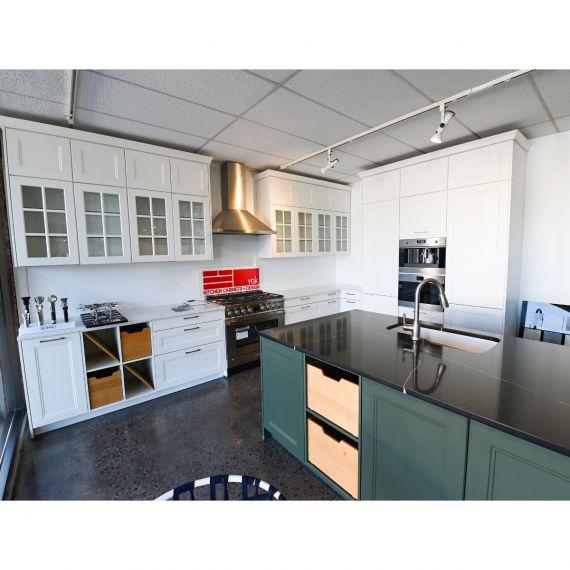 Bauformat Olympic Range Traditional Showroom Display Kitchen