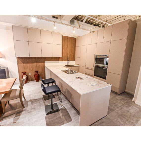 Bauformat Shale Modern Showroom Display Kitchen