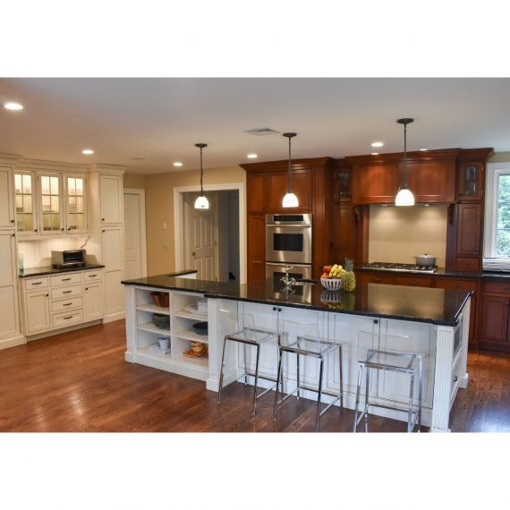 Parchment & Cherry Traditional Pre-Owned Kitchen
