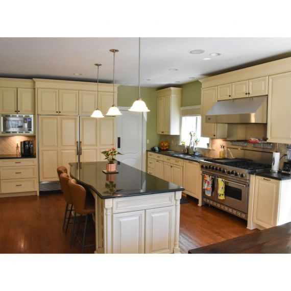 CWP Beachfront Traditional Pre-Owned Kitchen