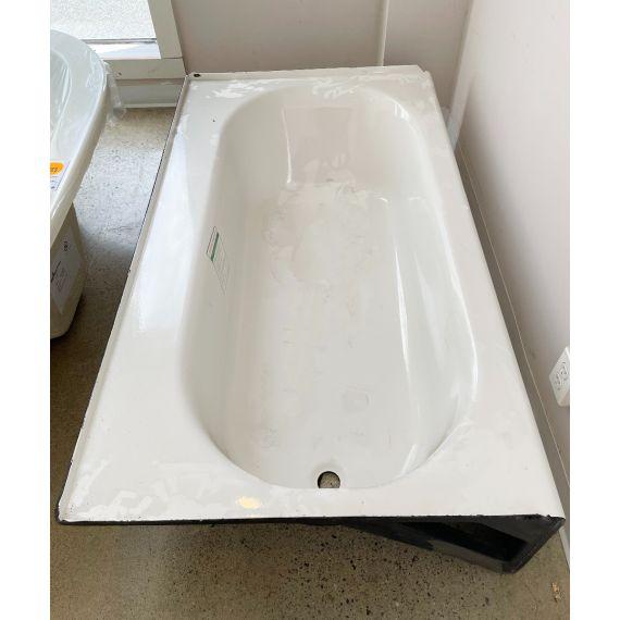 "60"" White Cast Aluminum Alcove Tub"