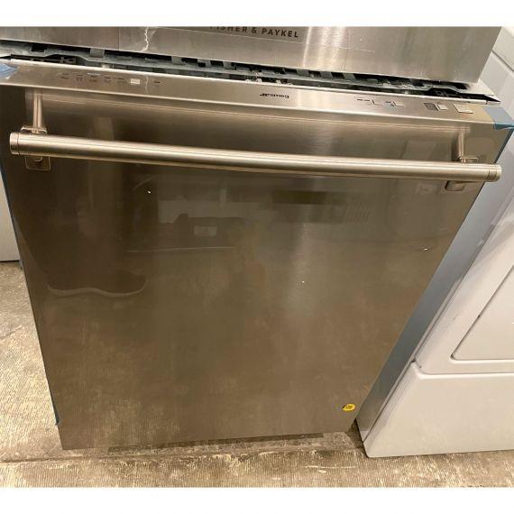 "Smeg 24"" Stainless Fully Integrated Dishwasher"