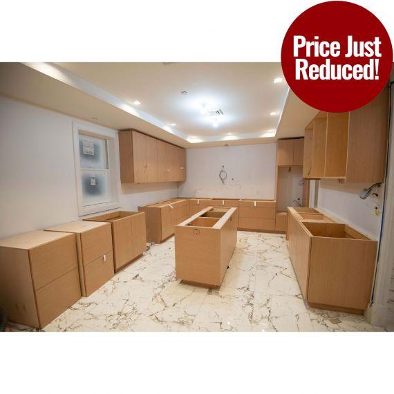 Grabill Bare Rift Oak Modern New Never Used Kitchen