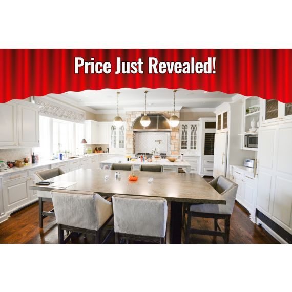 Premier Custom Rain Cloud Traditional Pre-Owned Kitchen