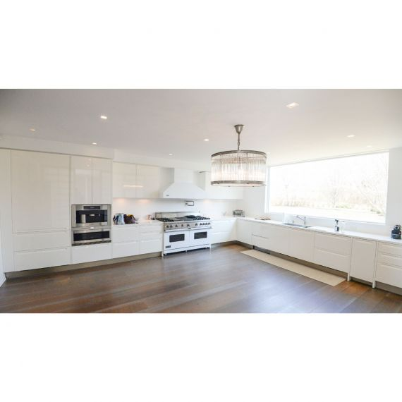 Poliform Varenna Hamptons Modern Pre-Owned Kitchen