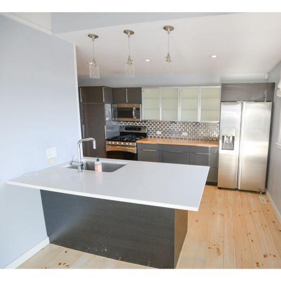 Graphite Modern Pre-Owned Kitchen