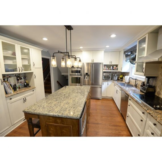 Wood-Mode White Oak Traditional Pre-Owned Kitchen