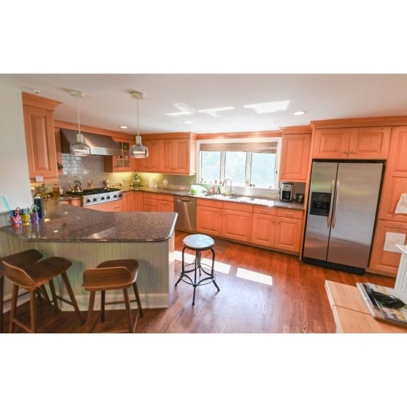 Upper Montclair Heritage Traditional Pre-Owned Kitchen & Wet Bar