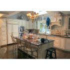 Classical Cream Traditional Pre-Owned Kitchen
