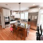 Wilton Elusive White Traditional Pre-Owned Kitchen & Desk Area